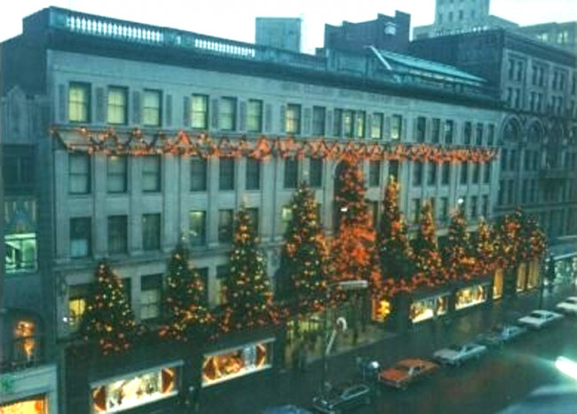 Lighting Basement Washroom Stairs: See The Globe Store In Scranton Light Up Again On Dec. 2