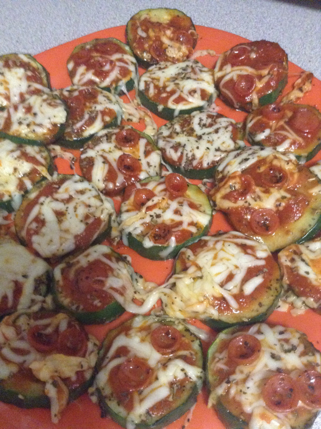 QUICK APPS & FOOTBALL SNAPS: Week 2 – Zucchini pizza bites