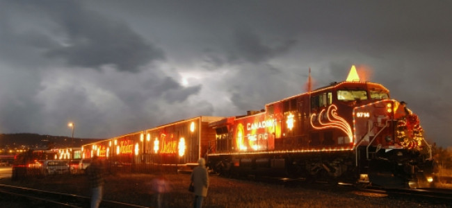 Canadian Pacific Holiday Train arrives at Steamtown NHS on Thanksgiving
