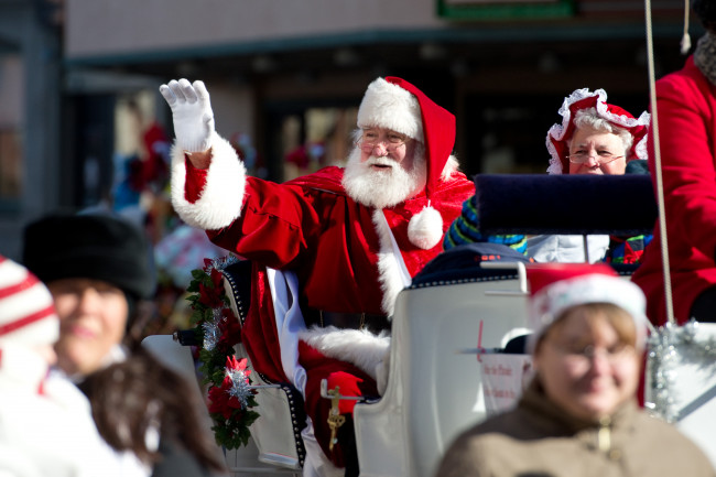 Lew Williamson, kindly Santa in Scranton's annual Santa Parade, has died after COVID-19 battle