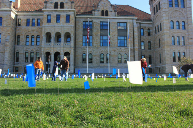 Scranton will join the world to 'Shine a Light on Lung Cancer' on Nov. 13