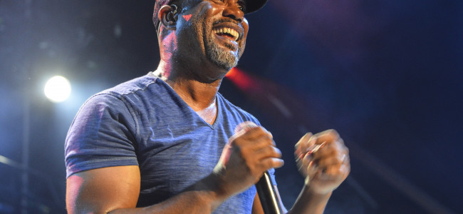 PHOTOS: Darius Rucker and Brett Eldredge at The Pavilion at Montage Mountain, 05/29/15