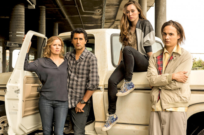 INFINITE IMPROBABILITY: 'Fear the Walking Dead' didn't earn its killer ratings