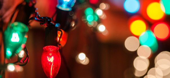BUT I DIGRESS: What your choice of Christmas lights says about you