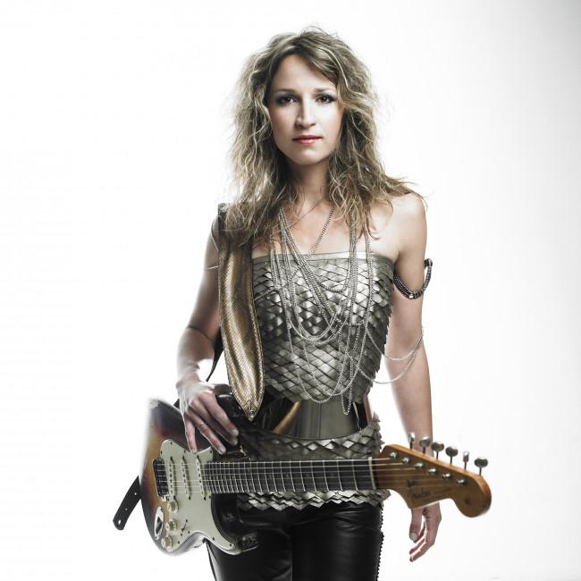Acclaimed blues guitarist Ana Popovic shreds at Penn's Peak in Jim Thorpe on Sept. 23