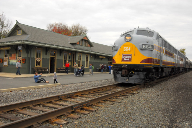 Steamtown National Historic Site runs fall foliage train excursions Sept. 24-Oct. 29