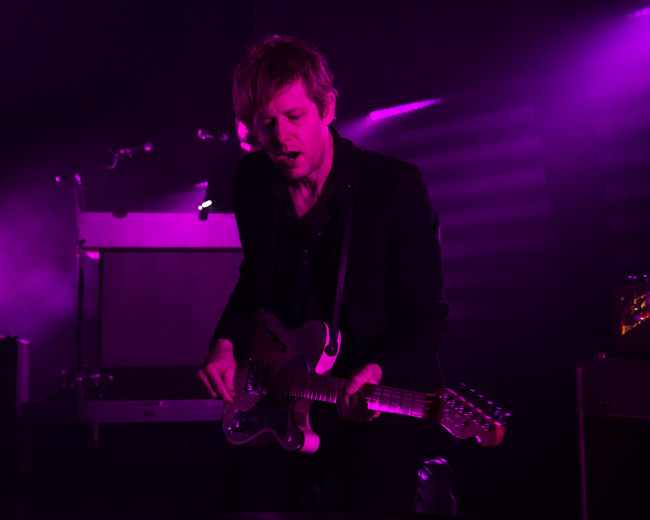 REVIEW/PHOTOS: Spoon and White Reaper at Sherman Theater in Stroudsburg, 12/03/17