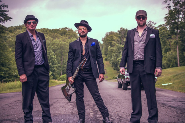 Dustin Douglas & The Electric Gentlemen 'Break It Down' at album release show in Wilkes-Barre on June 2