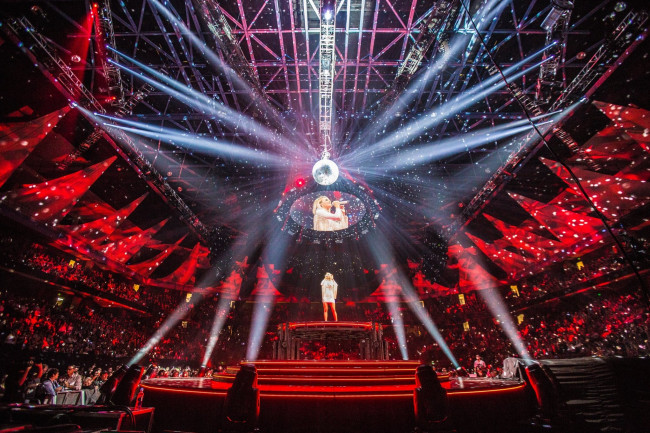 Country star Carrie Underwood brings 360-degree Cry Pretty Tour to Giant Center in Hershey on June 13, 2019