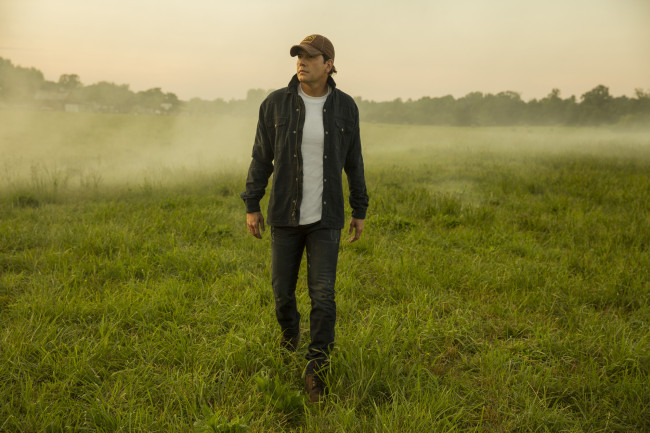 Country singers Rodney Atkins, Kip Moore, and more play Froggy 101's Guitars & Stars in Wilkes-Barre on Dec. 4