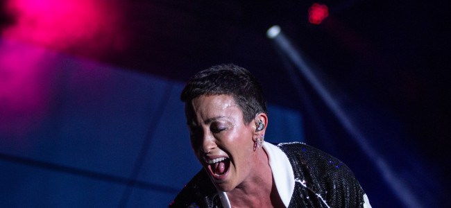PHOTOS: Alanis Morissette at Mount Airy Casino Resort in Mt. Pocono, 09/08/18