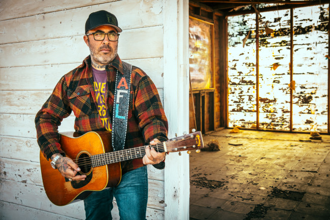 EXCLUSIVE: Multi-platinum singer Aaron Lewis performs live at Circle Drive-In in Dickson City on Aug. 30