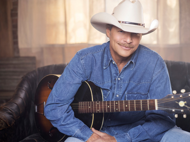 Country Music Hall of Famer Alan Jackson plays hits at Giant Center in Hershey on May 18