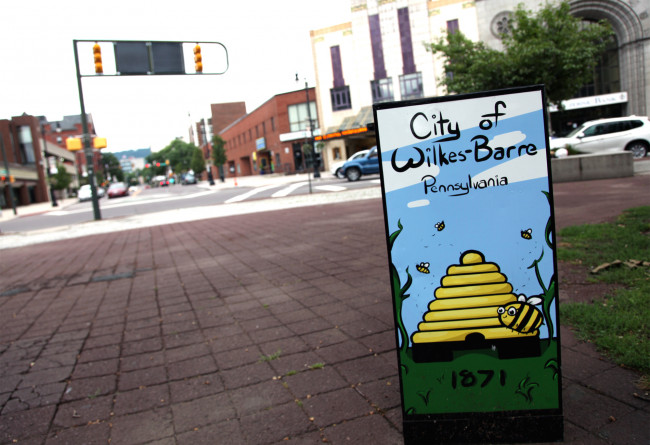 Diamond City Dine Out debuts with food specials, art, and music in downtown Wilkes-Barre through Oct. 31