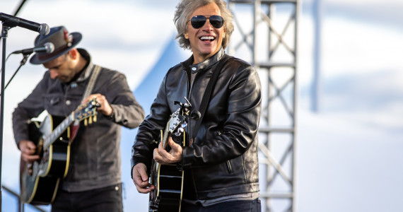PHOTOS: Jon Bon Jovi acoustic at Joe Biden rally at Dallas High School, 10/24/20