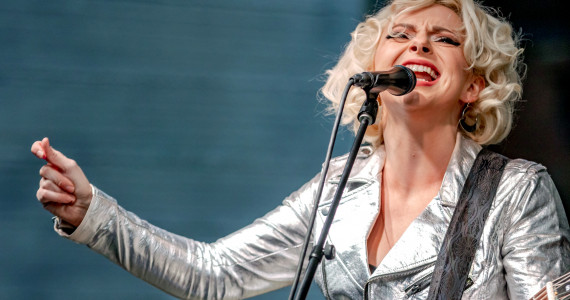 PHOTOS: Samantha Fish live at SteelStacks in Bethlehem, 04/16/21