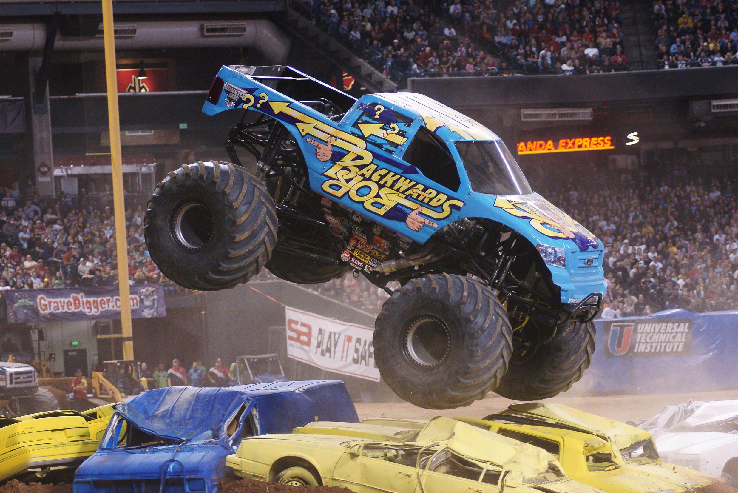 Hershey Car Show >> Monster Jam drives through Mohegan Sun Arena in Wilkes-Barre Feb. 19-21 | NEPA Scene