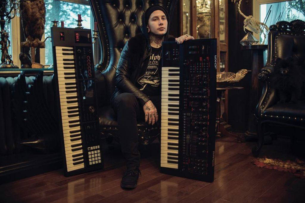 after 10 years  keyboardist josh balz is leaving scranton metal band motionless in white
