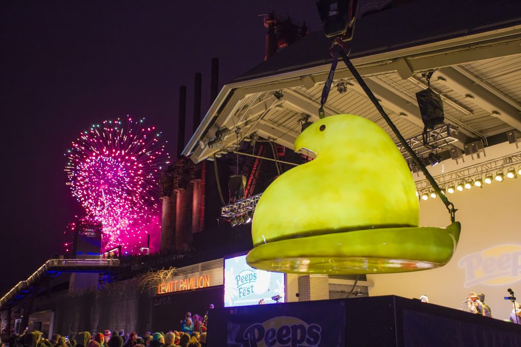 Lauren Daigle Beautiful >> Celebrate the New Year with 400-pound Peeps drop during