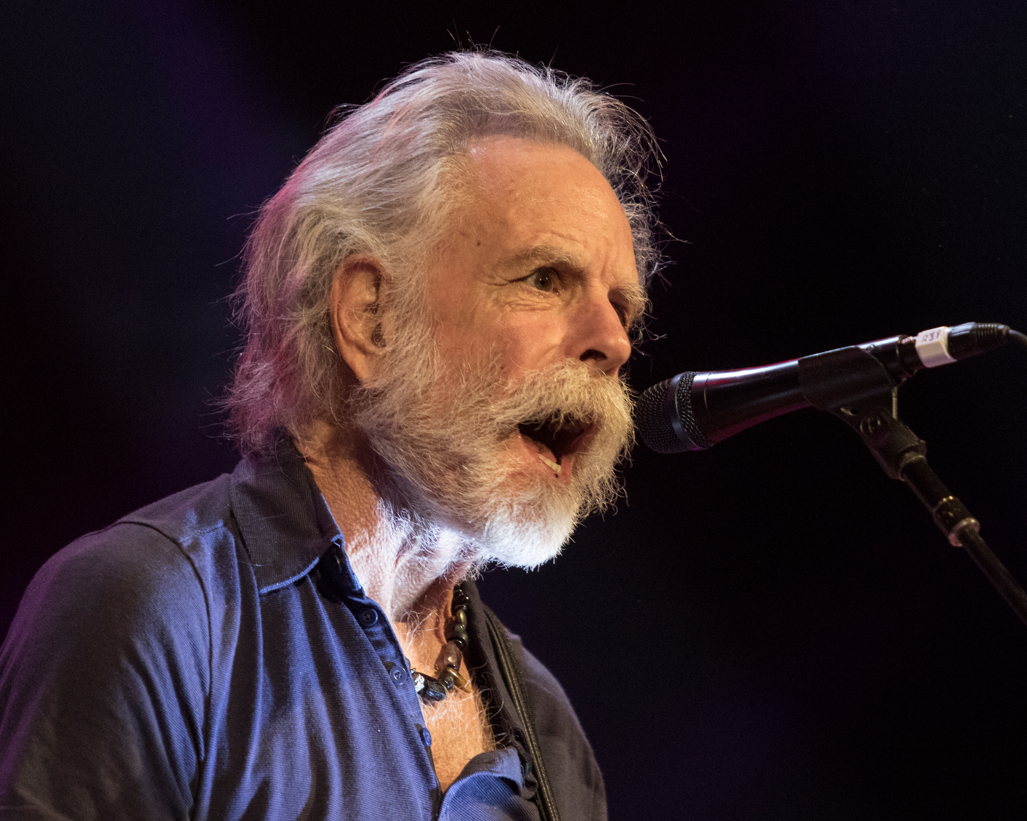 review photos bob weir and wolf bros strip down the dead at the fillmore philadelphia nepa scene. Black Bedroom Furniture Sets. Home Design Ideas