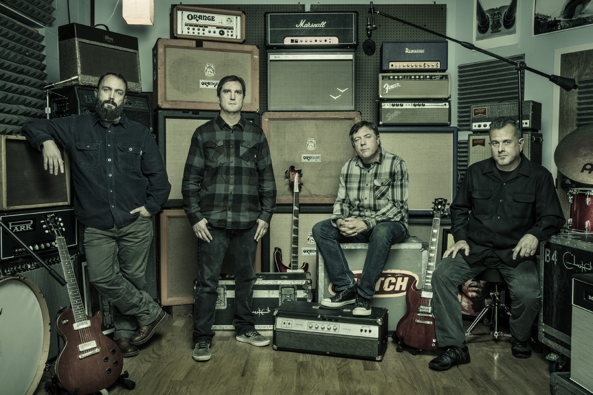 Clutch and Killswitch Engage co-headline show at Sands